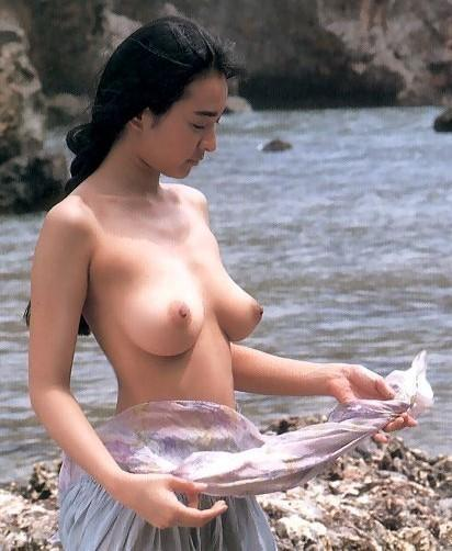 http://fap.to/images/40/2060784783/asian-porn/%5BAsian%2FJapanese%5D-Ayane-Miura-Partial-Nude-20.jpg (790881)