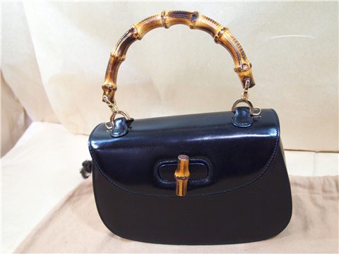 http://brand-repair.com/brandbag-doctor/wp-content/uploads/2012/08/gucci-bamboo-1.png (1218449)