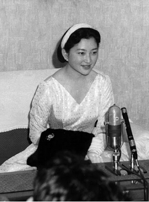 【日本皇室】 美智子皇后陛下 Empress Michiko of Japan|Time Tested Beauty Tips * Audrey Hepburn Forever * (1502179)
