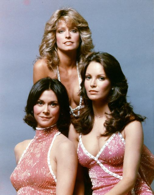 http://www.fanpop.com/clubs/charlies-angels-1976/images/26220814/title/charlies-angels-photo (1417246)
