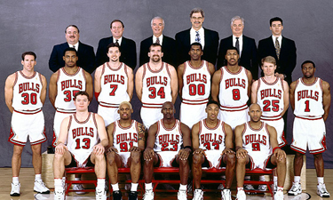 http://sportsecyclopedia.com/nba/chicago/1997Bullsc.jpg (177037)