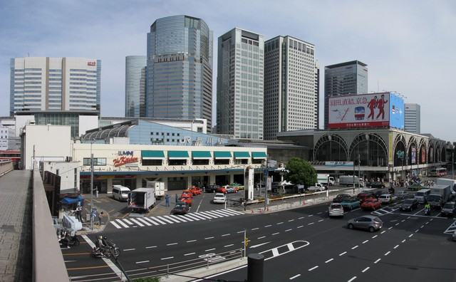 http://upload.wikimedia.org/wikipedia/commons/3/3d/Shinagawa_Station_-01.jpg (168410)