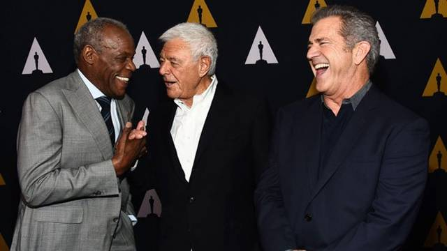 Mel Gibson, Danny Glover Reunite for Richard Donner Academy Tribute | Variety (1887062)